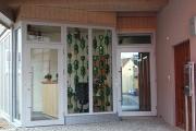 Eingangsbereich Gestaltung mit Bocksbeuteln