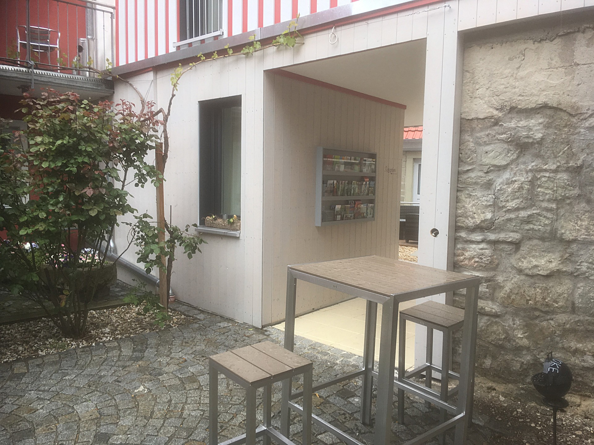 New Longe in the Inner Courtyard and new Brochure Dispenser