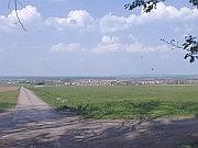 Wiesenbronn mit Schäfchenwolken