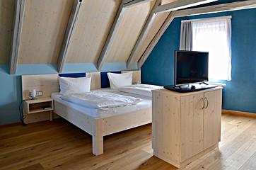 Hotel room Falkenzimmer