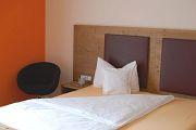 Bett im Zimmer Traminer