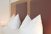 Hotelzimmer Weißer Burgunder Ansicht 1