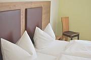 Hotelzimmer Weißer Burgunder Ansicht 2