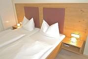 Hotelzimmer Weißer Burgunder Ansicht 3