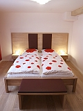 Bett in Überlänge