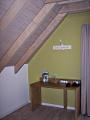 Hotelzimmer Grauer Burgunder Tisch