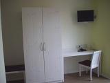 Hotelzimmer Rivaner Schrank