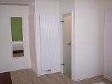 Hotelzimmer Sauvignon blanc Tür zum Bad